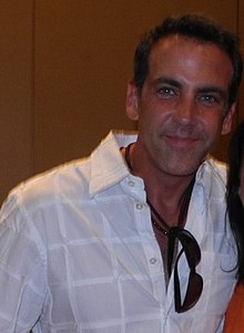 Carlos Ponce Vacationitis (cropped).jpg