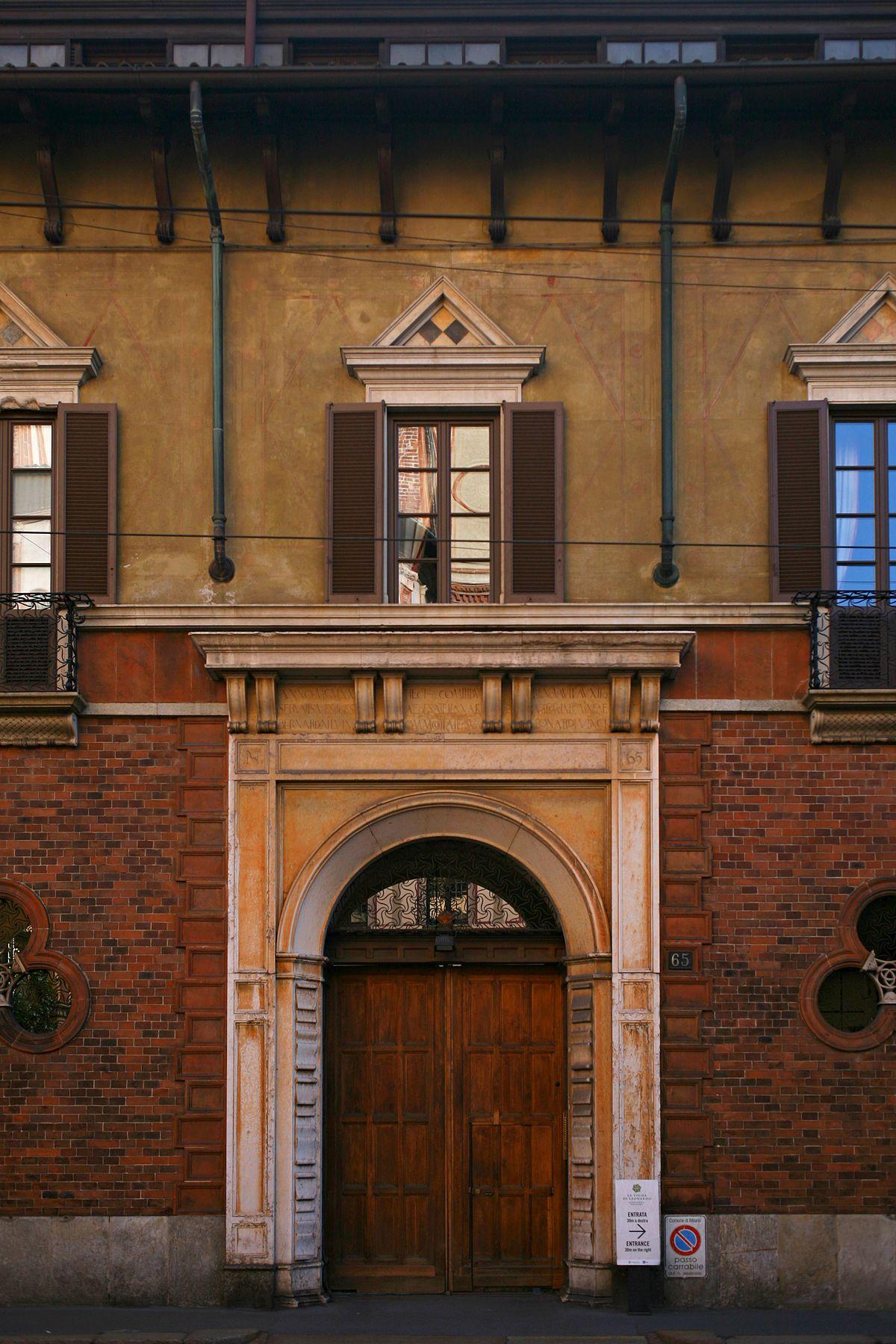 1200px-Casa_degli_Atellani%2C_corso_Magenta%2C_65%2C_Milano.jpg