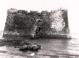 external image 300px-Castillo_Santa_Catalina_1920-1922_-_Las_Palmas_Gran_Canaria.jpg