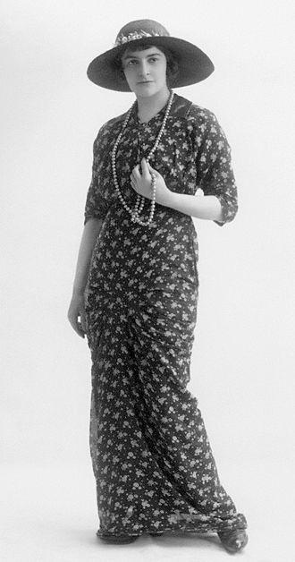 Cathleen Nesbitt - Cathleen Nesbitt in 1913