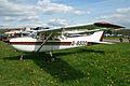 Cessna 172F G-BSOO (7205617160).jpg