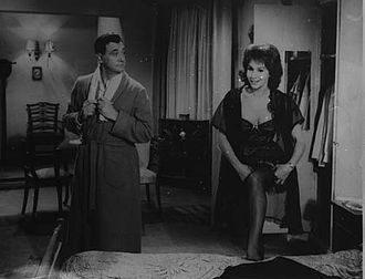Malvina Pastorino - On-screen chemistry between Pastorino and the man who would become her husband 20 years later, Luis Sandrini in the film Chafalonías (1960).