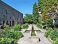 Chateau Tarascon - Jardin 2.jpg