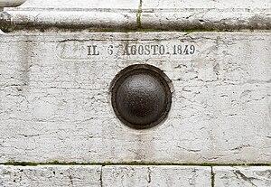 San Salvador, Venice - Embedded cannonball in Facade.