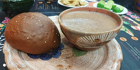 Chocolate y pan de yema.jpg