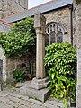 Churchyard cross in St Ia's churchyard.jpg