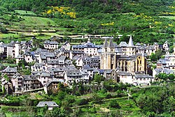 Conques, Aveyron, France.jpg