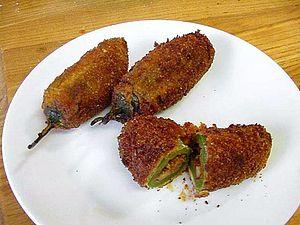Jalapeño popper - Image: Cooking food stuffed jalapenos peppers