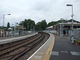 Coulsdon Town stn look north.jpg