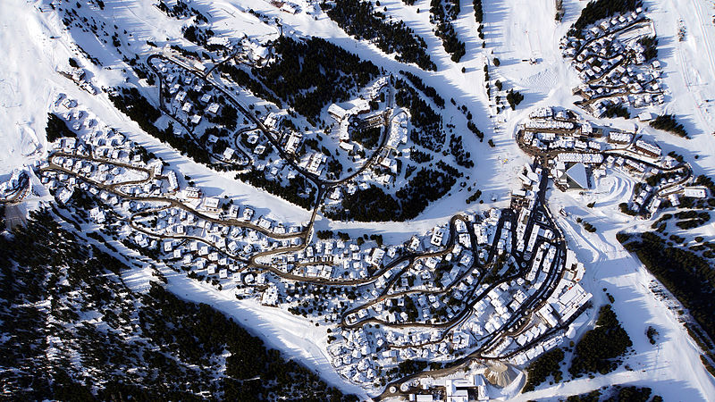 Courchevel 1850 shot from the balloon
