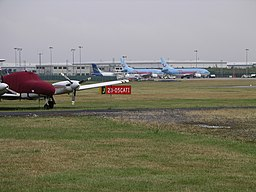 Coventry Airport july06.JPG