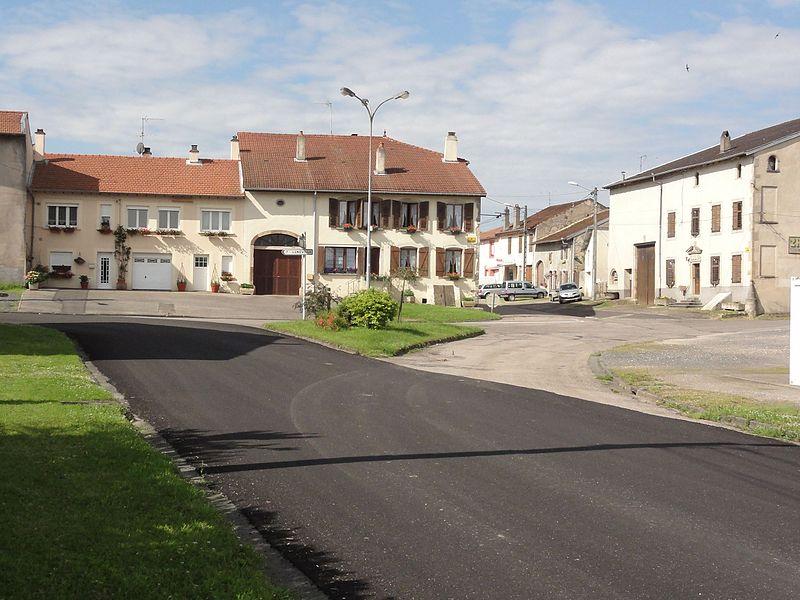 Croismare (M-et-M) place Victor Hugo