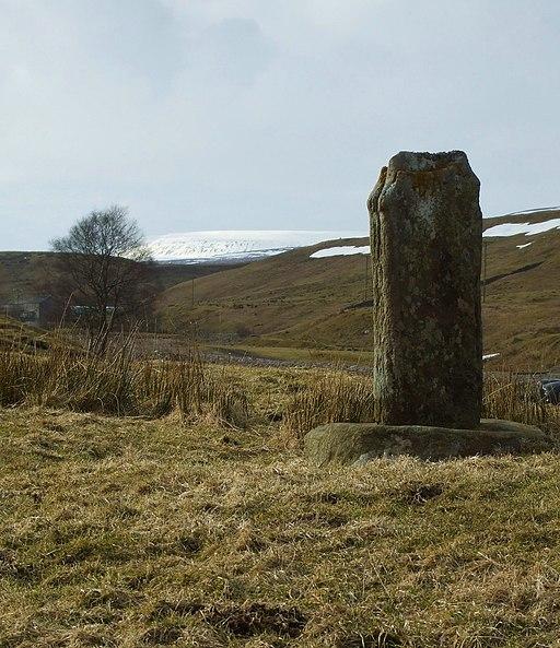 Crosshill Stone - geograph.org.uk - 1745531