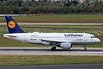D-AILB Airbus A319-100 Lufthansa DUS 2018-09-01 (6a) (44909170984).jpg