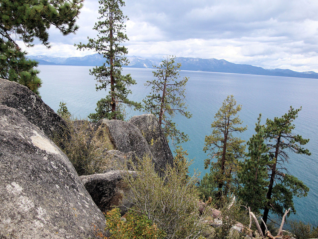 Lake Tahoe Hotels Near Beach