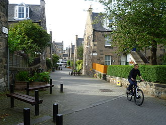 Dalry, Edinburgh - The Dalry 'colonies' are a series of terraced houses located in the north of Dalry.