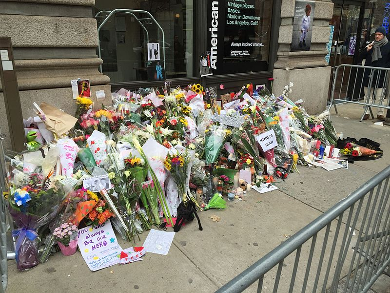 File david bowie death new york apartment memorial 2016 3 for David bowie nyc apartment