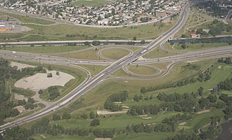 Deerfoot Trail - Partial cloverleaf interchange at 17 Avenue SE in south Calgary