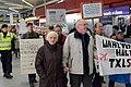 Demonstration für die Schließung des Flughafens Tegel, Berlin, 18.10.2013 (48995760023).jpg