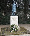 Den Toten zue Ehr den Lebenden sur Mahnung (To honor the dead and warn the living) (5987292484).jpg