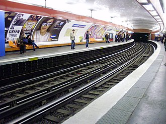 Denfert-Rochereau (Paris Métro) - Image: Denfert Rochereau metro L6 02