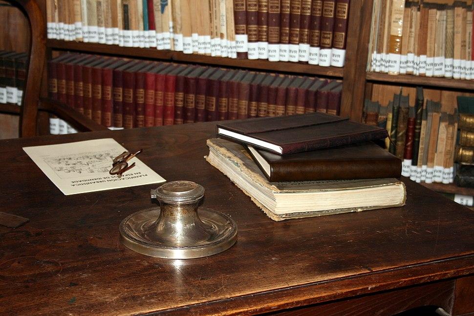 Desk of Vicente Risco, in his museum in Allariz, Ourense, Galicia