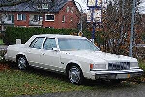 Downsize (automobile) - Image: Dodge St Regis 3