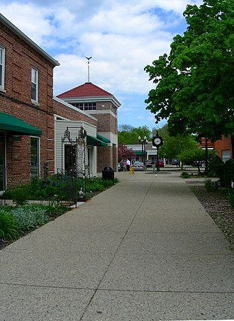 Greendale, Wisconsin - Image: Downtown Shopping District, Greendale, Wisconsin, USA