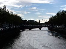 Dublin Liffey Bridge 2008 Crop Mellows Bridge.jpg