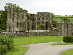 Dundrennan Abbey - geograph.org.uk - 538777.jpg