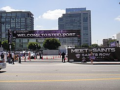 E3 2011 - free parking and car washes courtesy of Saints Row The Third (5822102021).jpg
