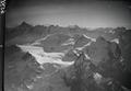 ETH-BIB-Rosenlauigletscher, Wetterhörner, Finsteraarhorn v. N. O. aus 3600 m-Inlandflüge-LBS MH01-006591.tif
