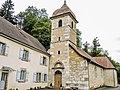 Eglise Saint-Nicolas et ancien presbytère de Belvoir.jpg