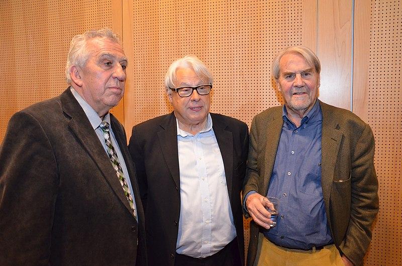 File:Egon Krenz, Klaus Kastan and Gerd Ruge, November 2013.jpg