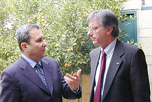 Dennis Ross - Ross (right) with Ehud Barak in 1999.