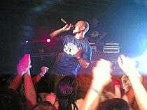 Elastinen Cotton Clubilla 2006.jpg