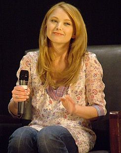 Elisabeth Harnois at The Witching Hour, 2006.jpg