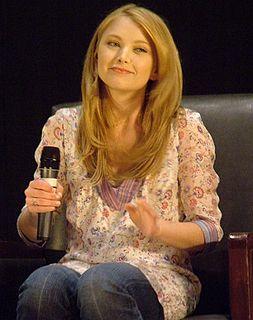 Elisabeth Harnois American actress