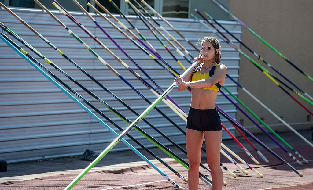 NZ pole vaulting representative in Rio 2016 - Wikimedia Commons
