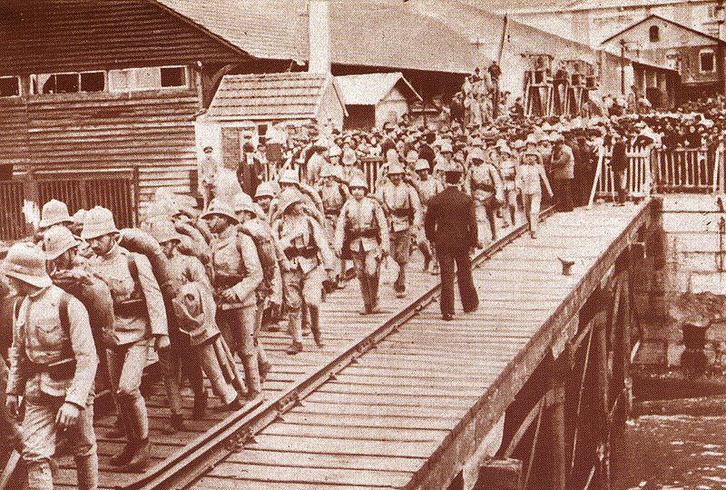 Embarque tropas para angola 1.jpg