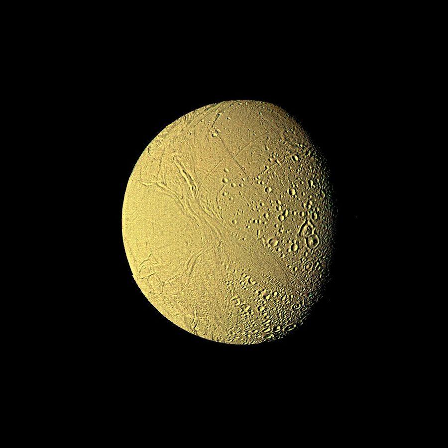 File:Enceladus - Voyager 2.jpg