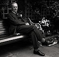 Enoch Powell in garden Allan Warren.jpg