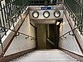 Entrée Station Métro Ranelagh Paris 7.jpg