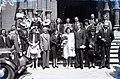 Esküvői csoportkép, 1946 Budapest. Fortepan 104674.jpg
