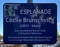 Esplanade Cécile Brunschvicg (Auxerre) - panneau.jpg
