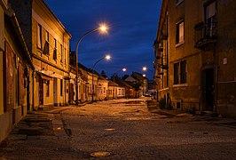 Esztergom by night 01 - Simor János utca.jpg