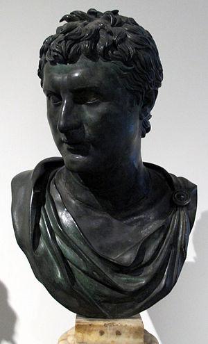 Eumenes II - Image: Eumene II detto giovane comandante, da villa dei papiri, peristilio quadrato