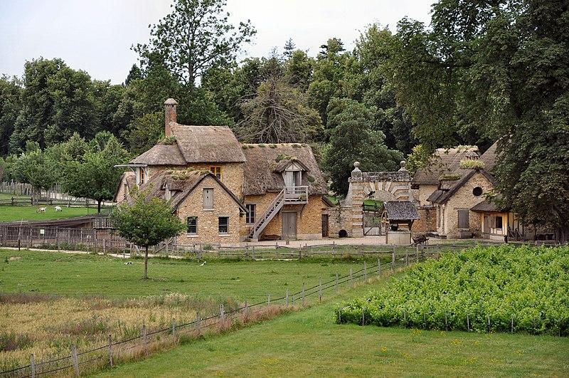 Fichier:Ferme du hameau de la Reine (1).jpg