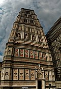 Firenze - Florence - Piazza del Duomo - View on the East Side of il Campanile di Giotto II.jpg