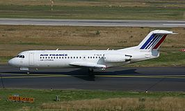 Fokker 70 van Air Littoral in de kleuren van Air France, 2002.